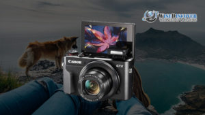 vlogging-camera-with-flip-screen